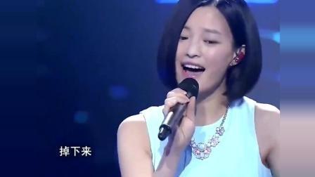 中国好声音舞台上, 居然有这么漂亮的歌手, 以前