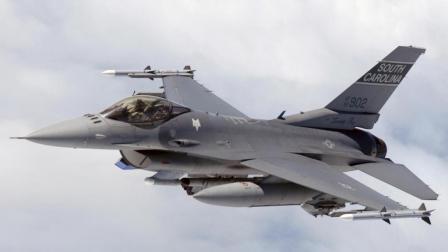 10年内, 美国至少退役800架F16战机, 将给他国战机出口造成冲击