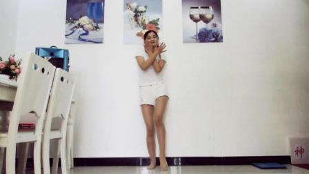 神农舞娘广场舞 有点甜 光脚跳舞辣妈好身材