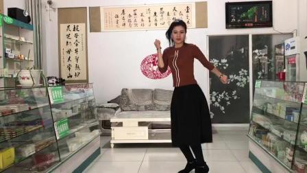 曳步舞舞蹈 爱曳舞药店小业主年龄45, 对视频学俩