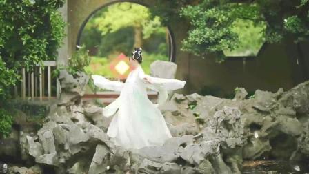 点击观看中国风广场舞 萌系二次元大美女紫嘉儿 极乐净土视频