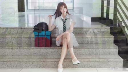 点击观看《美美小仙若 前卫广场舞 pick me up 学姐若  落地成盒了解一下》