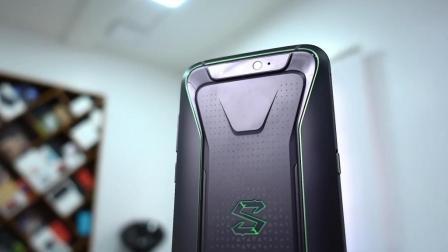 遊戲手機好不好? 小米黑鲨遊戲手機安兔兔榜單排第一!