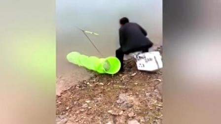 钓鱼发生的糗事! 忍住不要笑!