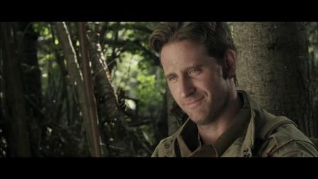 《圣战士2》  三名士兵林地聊天 拍照嘟嘴卖萌相关的图片