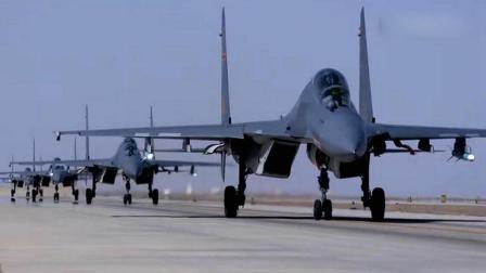 解放军这款战机服役太及时了: 完全能抵消周边战机压力 不是歼20