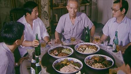 上级领导下乡视察, 食堂没招了, 只能用脸盆做出了这样的菜