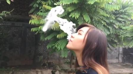 """""""吸烟大国""""印度尼西亚, 没这技术都不好意思抽烟"""