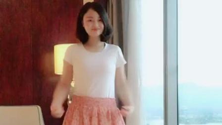 害羞小姐姐, 清纯俊美, 就喜欢她跳舞的样子!