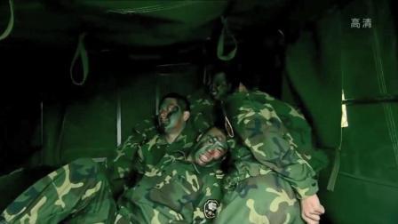 我是特种兵:士兵等人突袭老兵,挖坑拦军车救