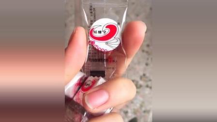 这个像糖果的压缩面膜, 只能用来骗吃货