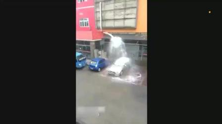 这个样子洗车? 再不开走真的要废掉了!
