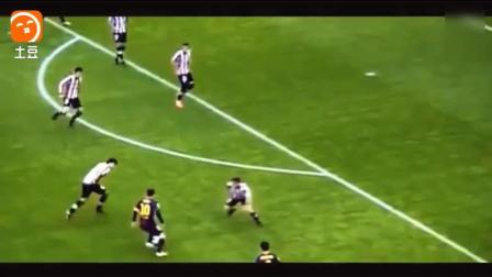 一人单挑对方全队, 梅西生涯疯狂的两个单刀球