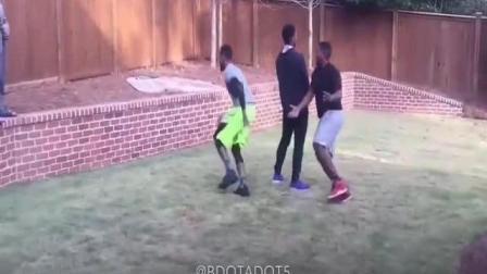 篮球模仿帝雷阿伦专业模仿 篮球搞笑视频1 重心