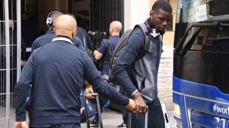 法国队抵达圣彼得堡, 与比利时世界杯半决赛一触