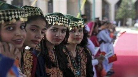 巴基斯坦美女喜欢中国男人, 但是却不好娶, 原因