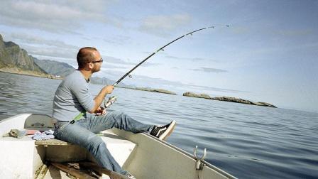 你见过老外钓鱼的视频吗? 真是搞笑