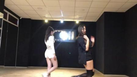 韩国美女跳舞, 节奏感非常强烈身材也很好