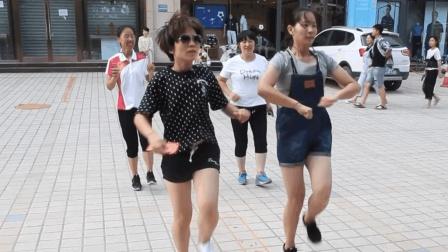 广场鬼步舞32步舞步教学! 想学侧滑步和基础舞步就这样跳