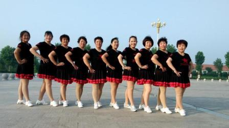 点击观看《好心情蓝蓝广场舞 甜言蜜语 32步广场舞舞蹈动作分解视频教学 含团队正背面表演》