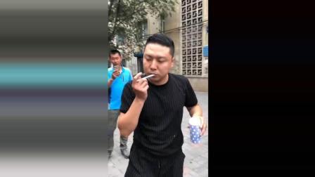 这个小视频要火了, 第一次看见这样刷牙的