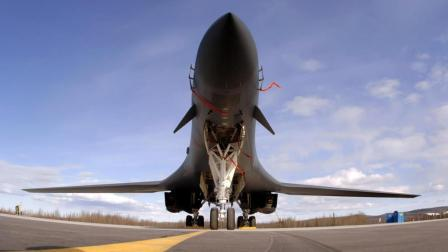 装6台发动机比导弹还快, 全球最强249吨轰炸机, 却被废弃50年