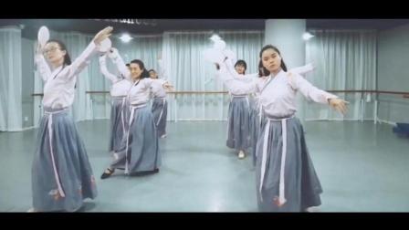 点击观看《练习室版古典舞 伶人歌 君不闻曲相寄 天下皆足矣》
