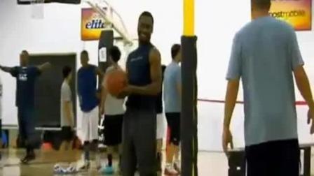 【篮球训练】山猫队90后后卫肯巴·沃克的训练视