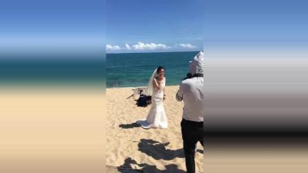 这是用生命在拍婚纱照啊, 网友: 还好结婚早