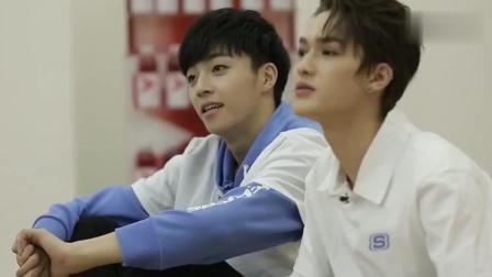 偶像练习生: 陈立农朱正廷疯狂握手, 尤长靖获公