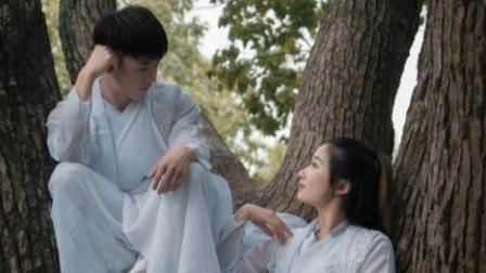 点击观看《单色舞蹈 情侣双排自由中国舞 服装有点亮点》