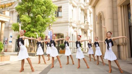 如果有未来,我一定取一个这视频跳广场舞的妹子当老婆