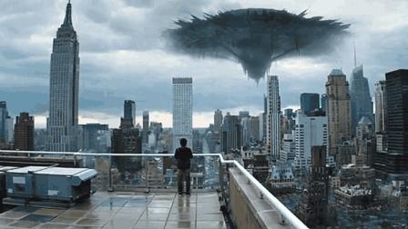 天空中突然出现庞大飞碟, 不仅带来自然灾害, 还