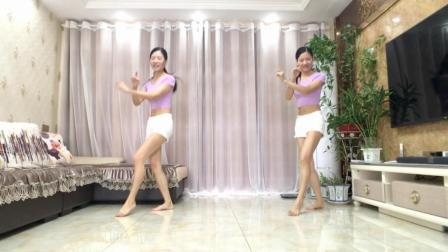 点击观看《新生代广场舞 喜欢这节奏 鬼步舞 混音版》