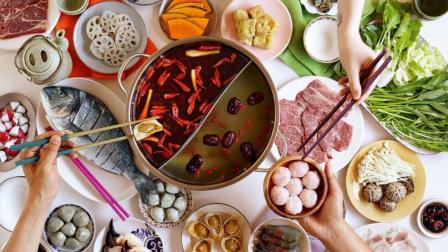 中国人出国旅游, 放着当地特色美食不吃, 也要吃中餐是为何?