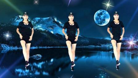 点击观看《凤凰香香广场舞 弹跳舞 玩腻 加鬼步舞的迷踪步一起跳又是一种新跳法》