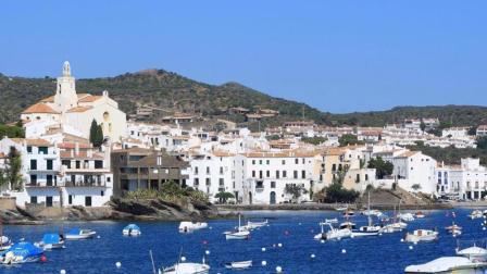 西班牙最美小镇: 座落于悬崖之上, 毕加索曾在这安家!