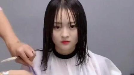 终于知道女生为什么都喜欢剪这款辛芷蕾发型了 显气质又修饰脸型