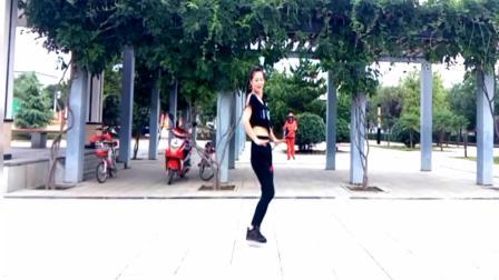 动感DJ舞曲《小菊花》每天跳一跳, 美丽又健康!