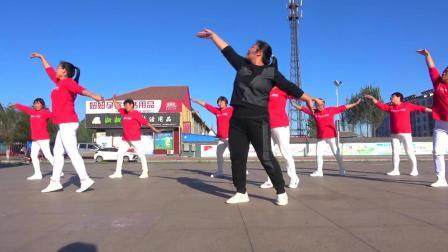 草原金曲广场舞《站在草原望北京》乌兰图雅演唱, 大气动感!