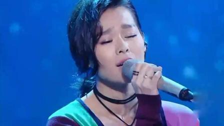 胡杏儿在跨界歌王上演唱《K歌之王》, 前半生娓娓道来好听至极
