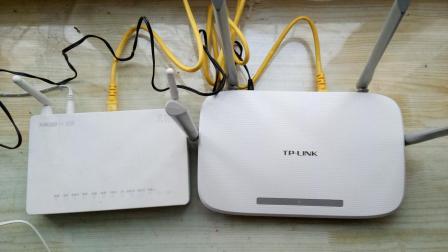 天翼网关自带WIFI信号弱如何加装一台路由器