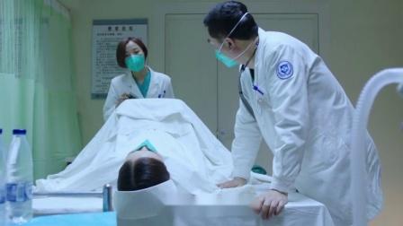 护士怀孕后害怕生孩子,等到主任给她接生时,护士态度立马大变!