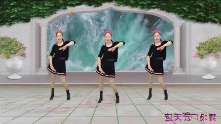 点击观看《蓝天云广场舞 我的好妈妈 动感十足健身操教学分解  一看就会的舞蹈视频》