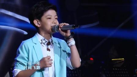 10岁男孩挑战高难度歌曲, 一般人唱不出来, 两分钟征服全场观众