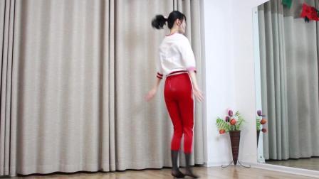点击观看《小君舞蹈秀 世界第一等 漂亮的辣妈跳刘德华的歌曲 果然还是一样的好看》