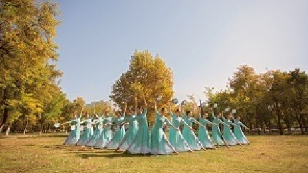 点击观看《中国舞 离人泪 古风韵味十足》
