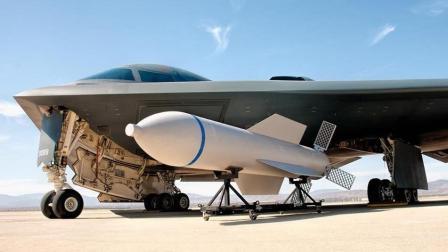 美国炸弹之祖遇上中国钻地弹道导弹谁更胜