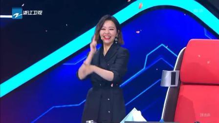 大型广场舞现场来了, 林俊杰跳郭富城经典樱花舞!