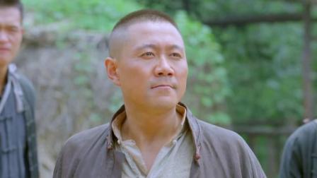 大刀记:叫小霸王嘚瑟,这下活该,被小伙打这么惨,直呼不敢了!